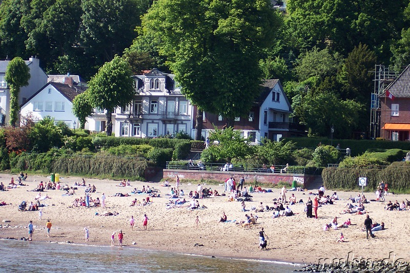 A beach at the Elbe, Hamburg