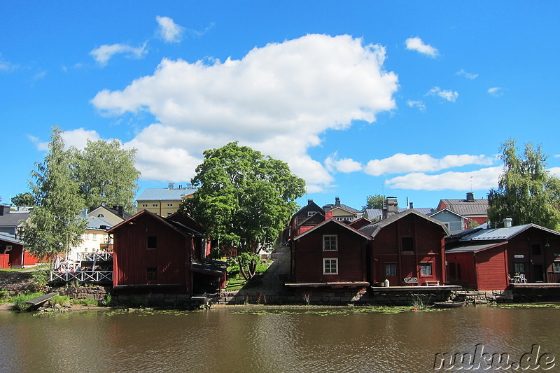 Am Flussufer in Porvoo, Finnland