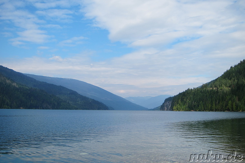 Am Revelstoke Lake in British Columbia, Kanada