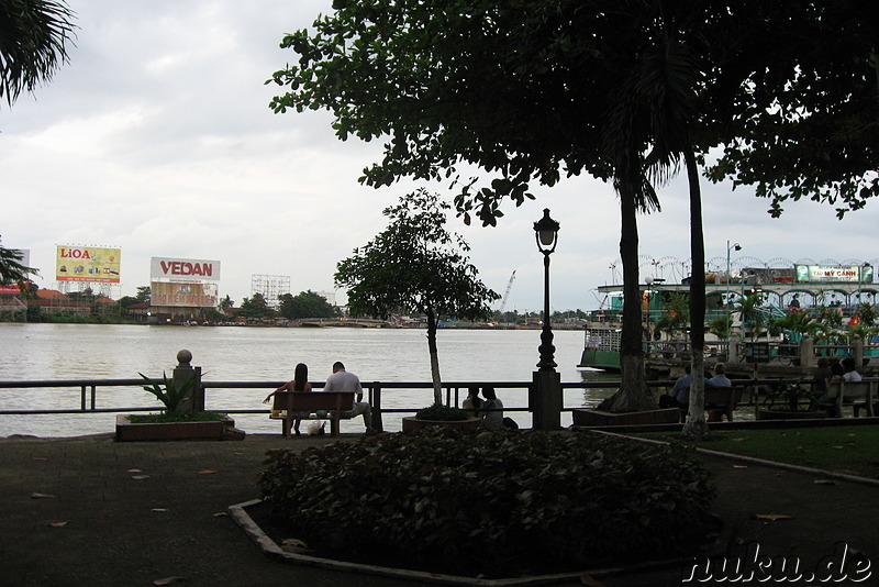 Am Saigon River in Ho Chi Minh City, Vietnam