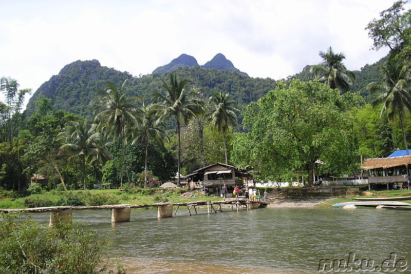 Bambusbrücke (Bamboo Foot Bridge) in Vang Vieng, Laos
