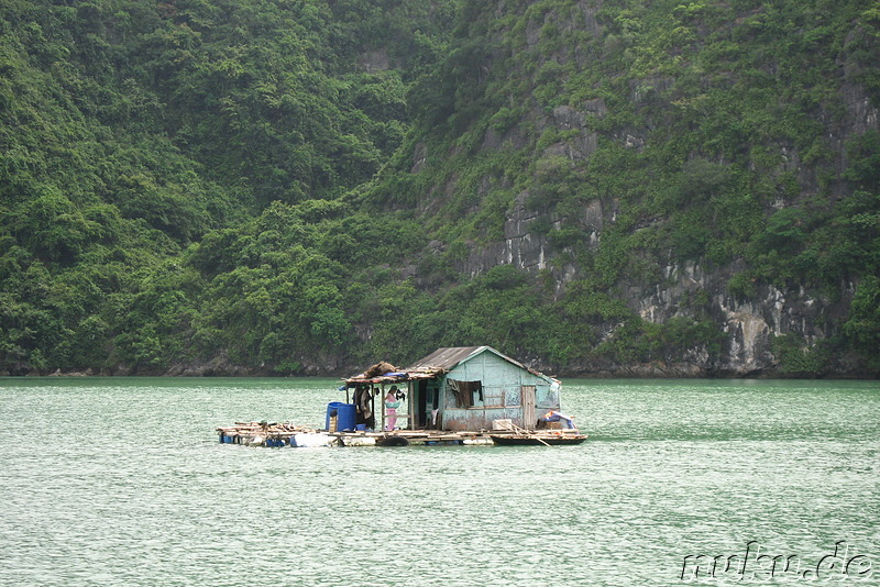 Hausboot in Halong Bay, Vietnam