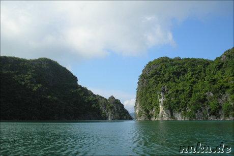 Kalkfelsen in Halong Bay, Vietnam