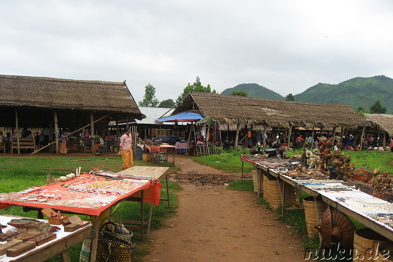 Markt in Inthein am Inle Lake in Burma
