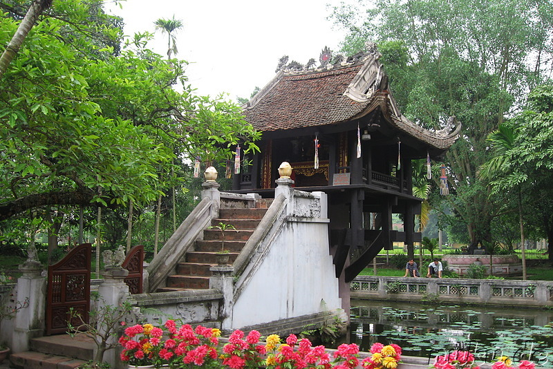 One Pillar Pagoda (Dien Huu Pagoda) in Hanoi
