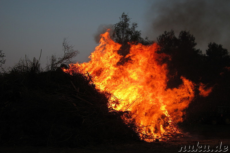 Osterfeuer in Wulfsen