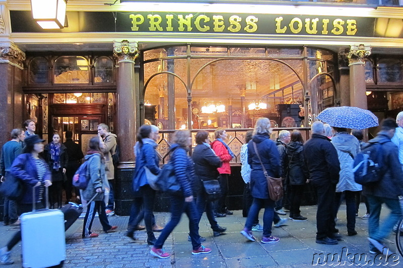 Princess Louise Pub in London, England