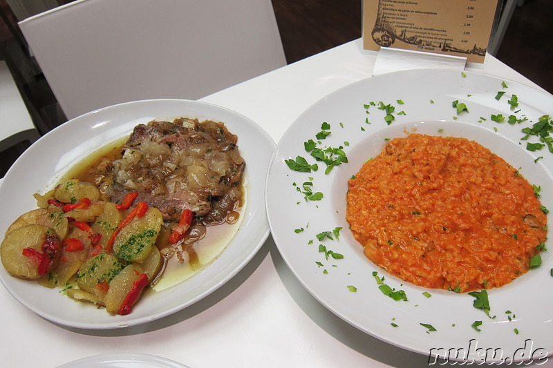 Risotto und Zwiebelhacksteak in Cordoba, Spanien