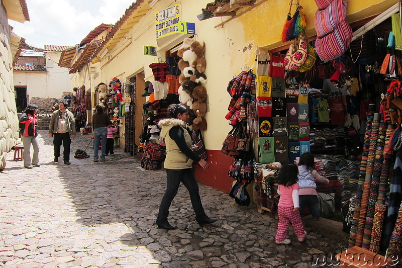 Souvenirshops in Cusco, Peru