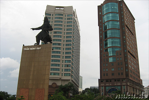 Tran Hung Dao Statue am Me Linh Square in Saigon