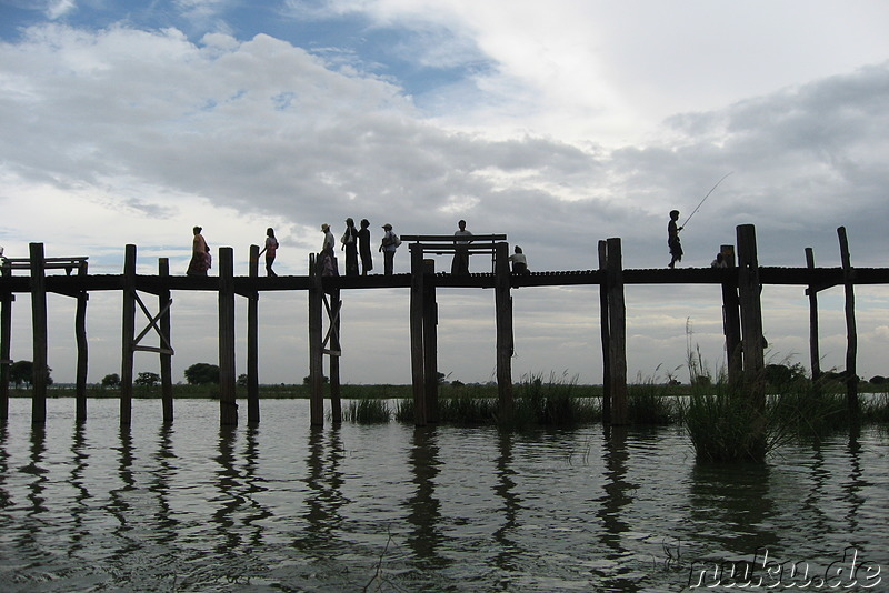 U-Bein-Bridge in Amarapura, Burma