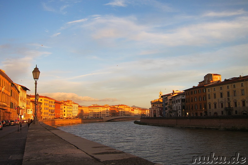 Am Arno in Pisa, Italien