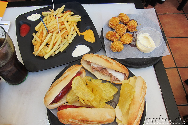 Snacks bei 100 Montaditos in Alicante, Spanien